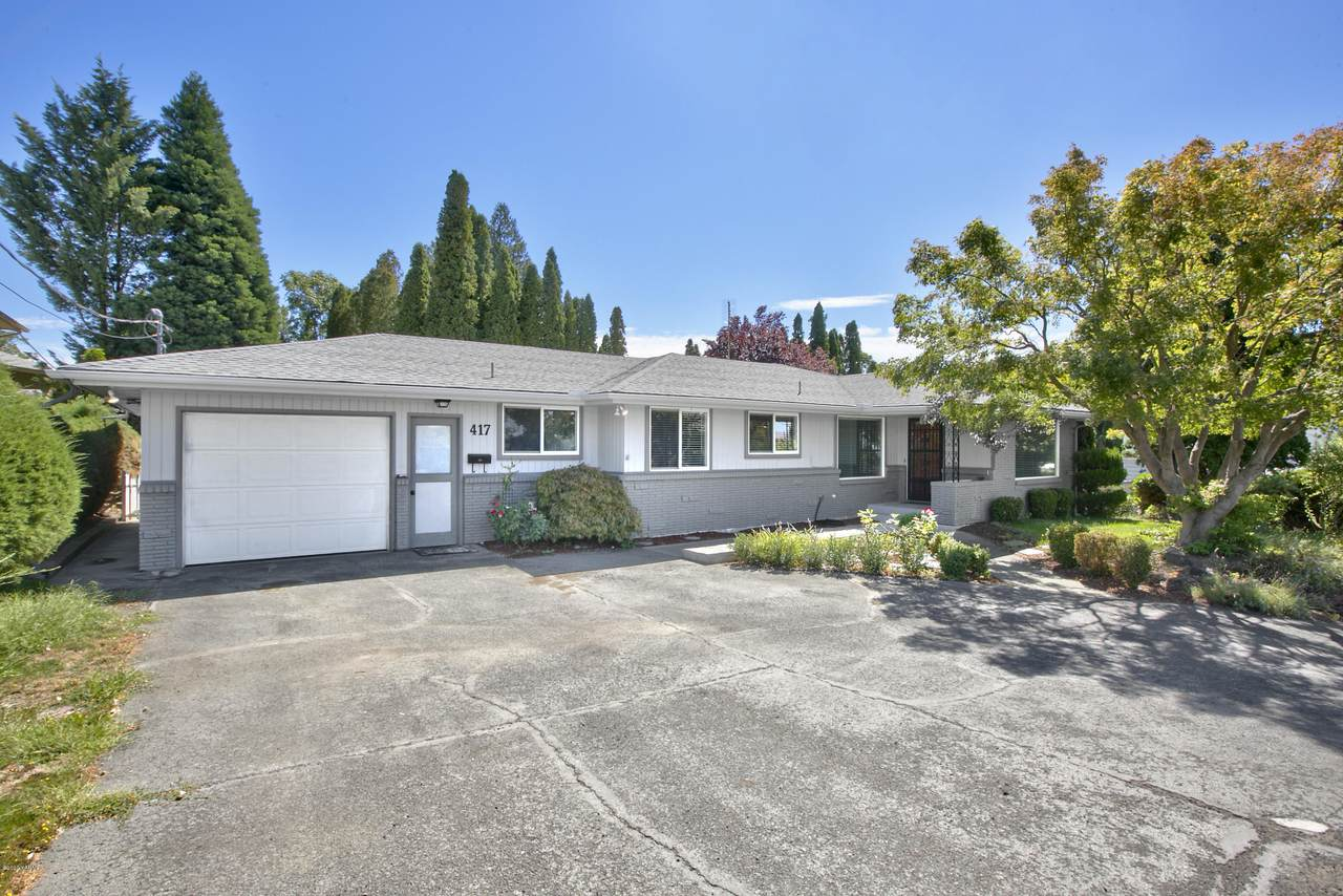 417 34th Ave - Photo 1