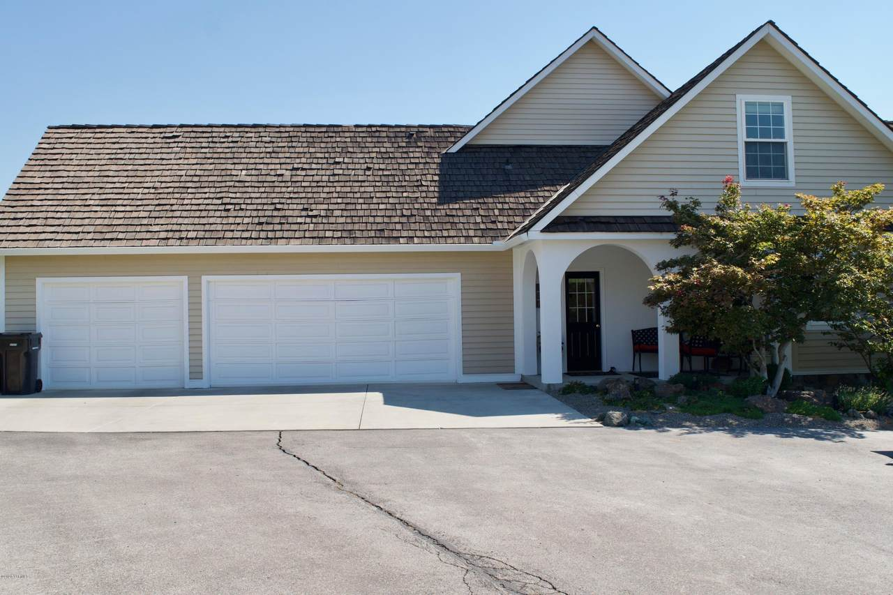 7708 Graystone Ct - Photo 1