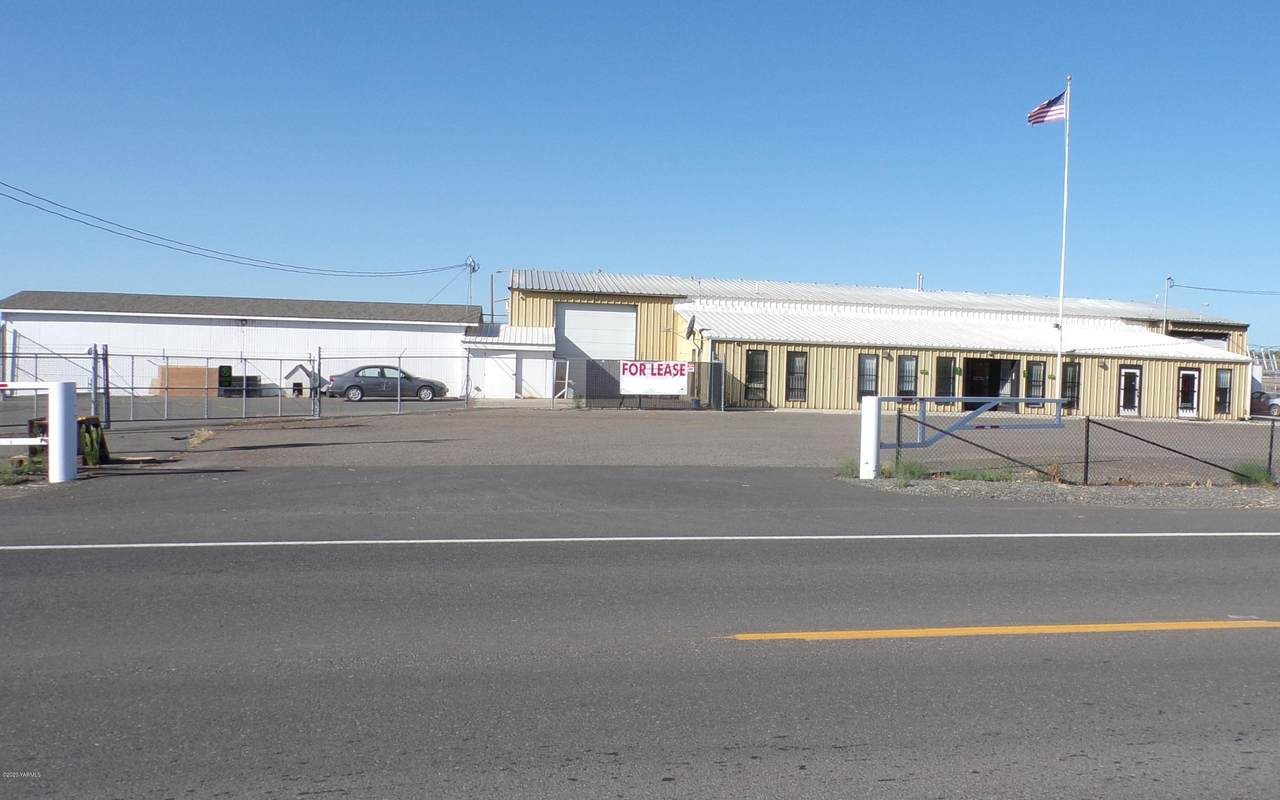 7560 Yakima Valley Hwy - Photo 1