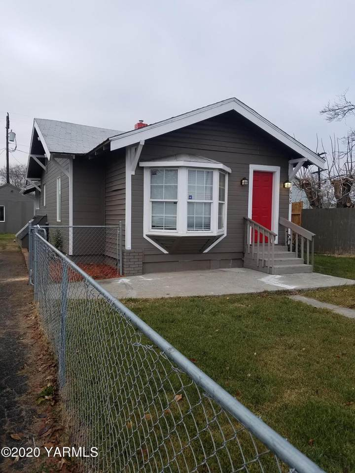 608 5th Ave - Photo 1