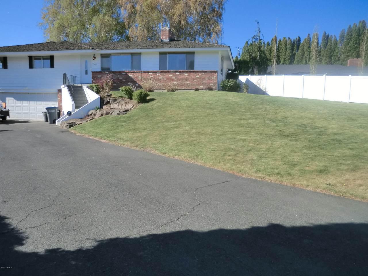 3404 Roosevelt Ave - Photo 1