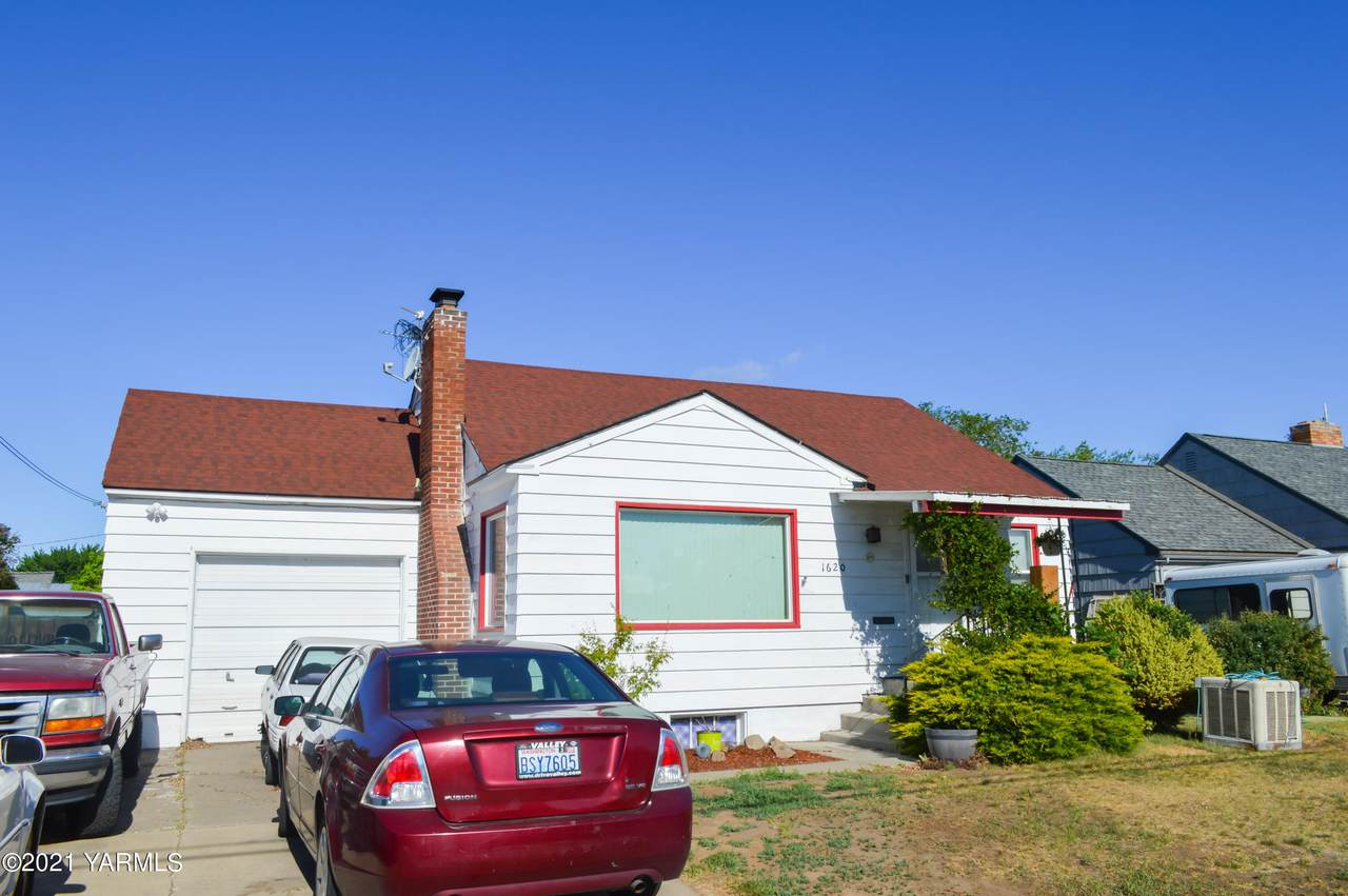 1620 3rd Ave - Photo 1