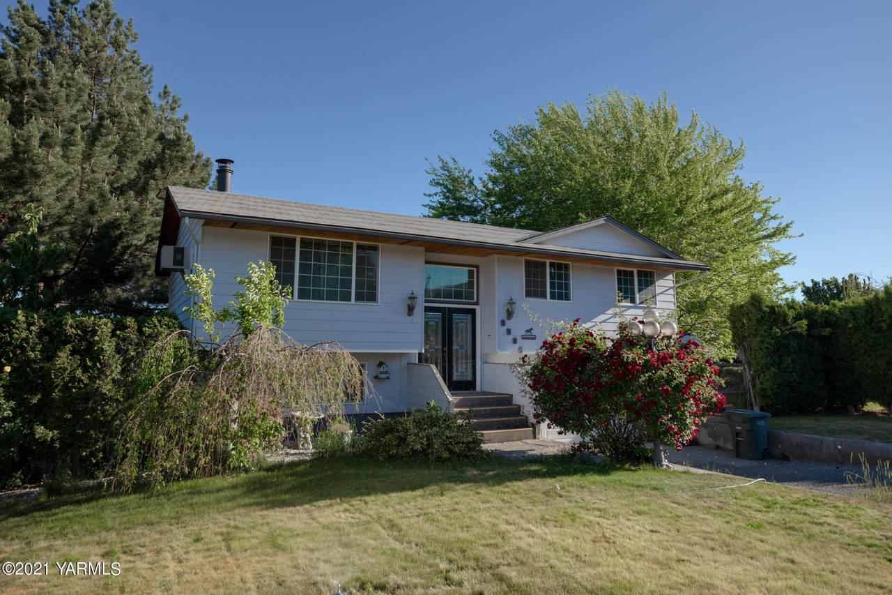 8806 Yakima Ave - Photo 1