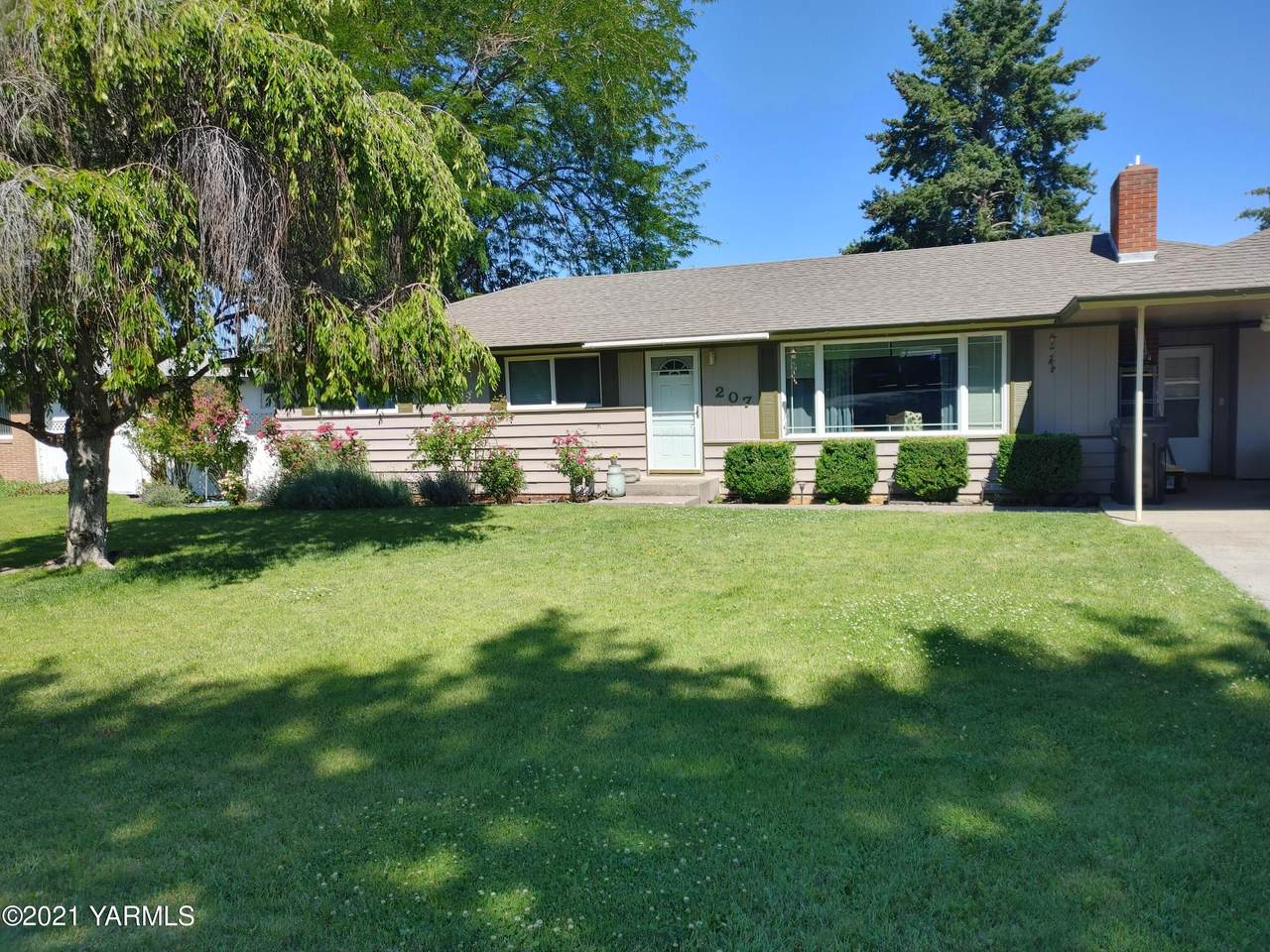 207 58th Ave - Photo 1