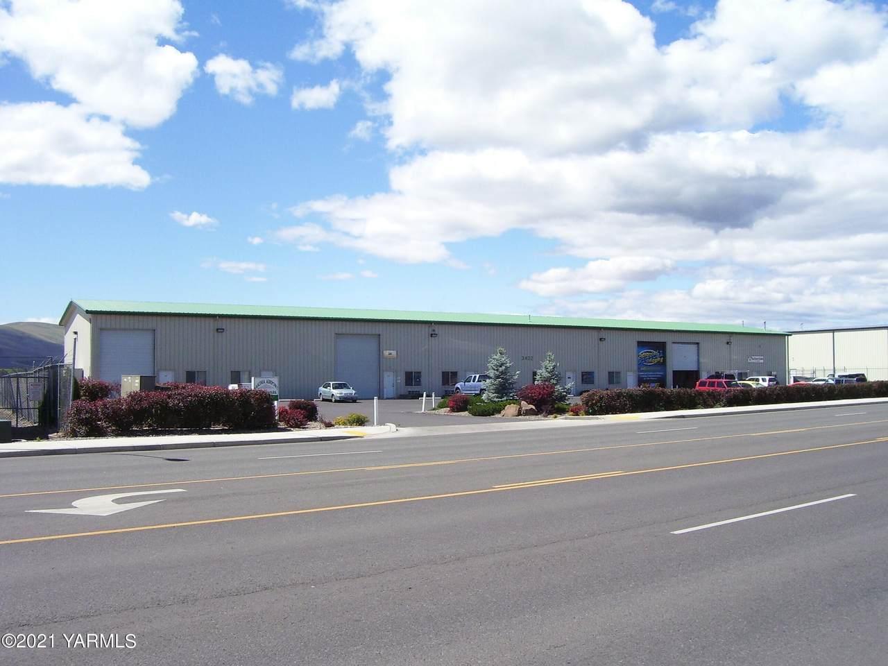 3402 Washington Ave - Photo 1
