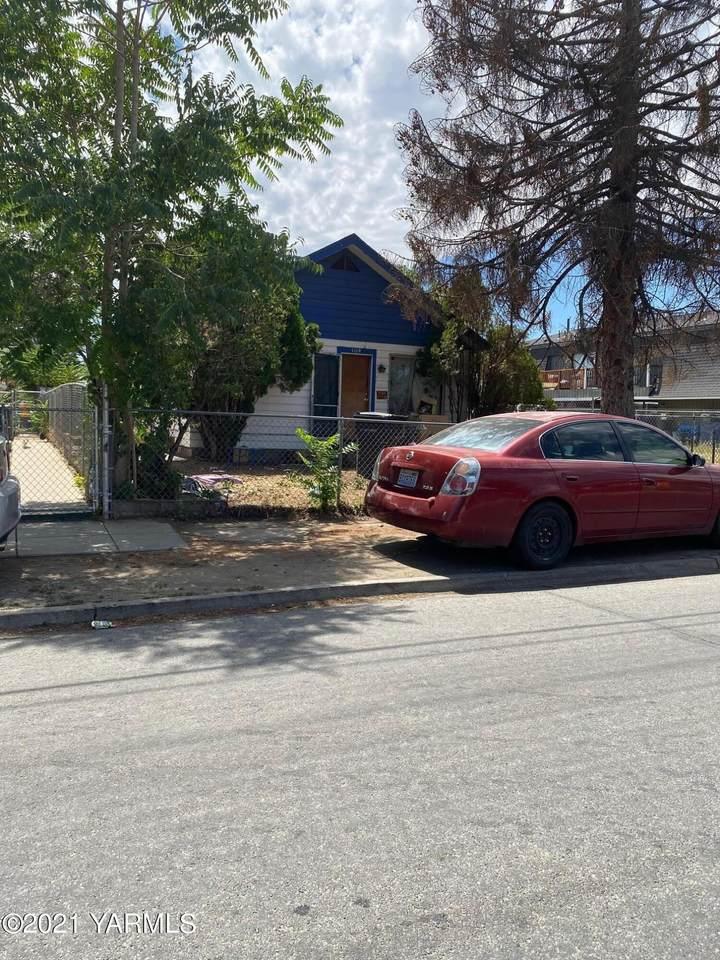 1114 Cherry Ave - Photo 1