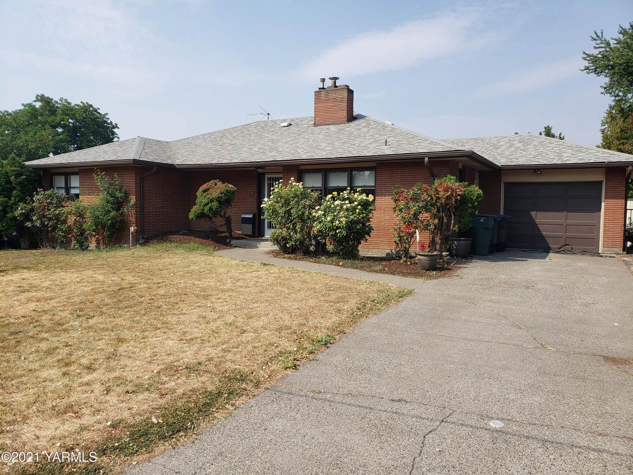 608 26th Ave - Photo 1
