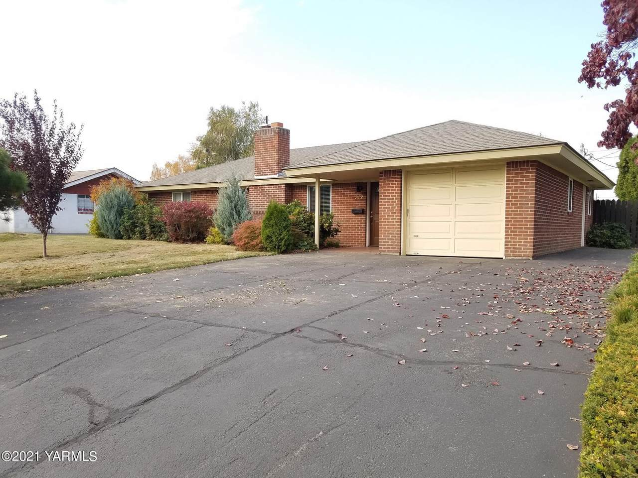 312 40th Ave - Photo 1