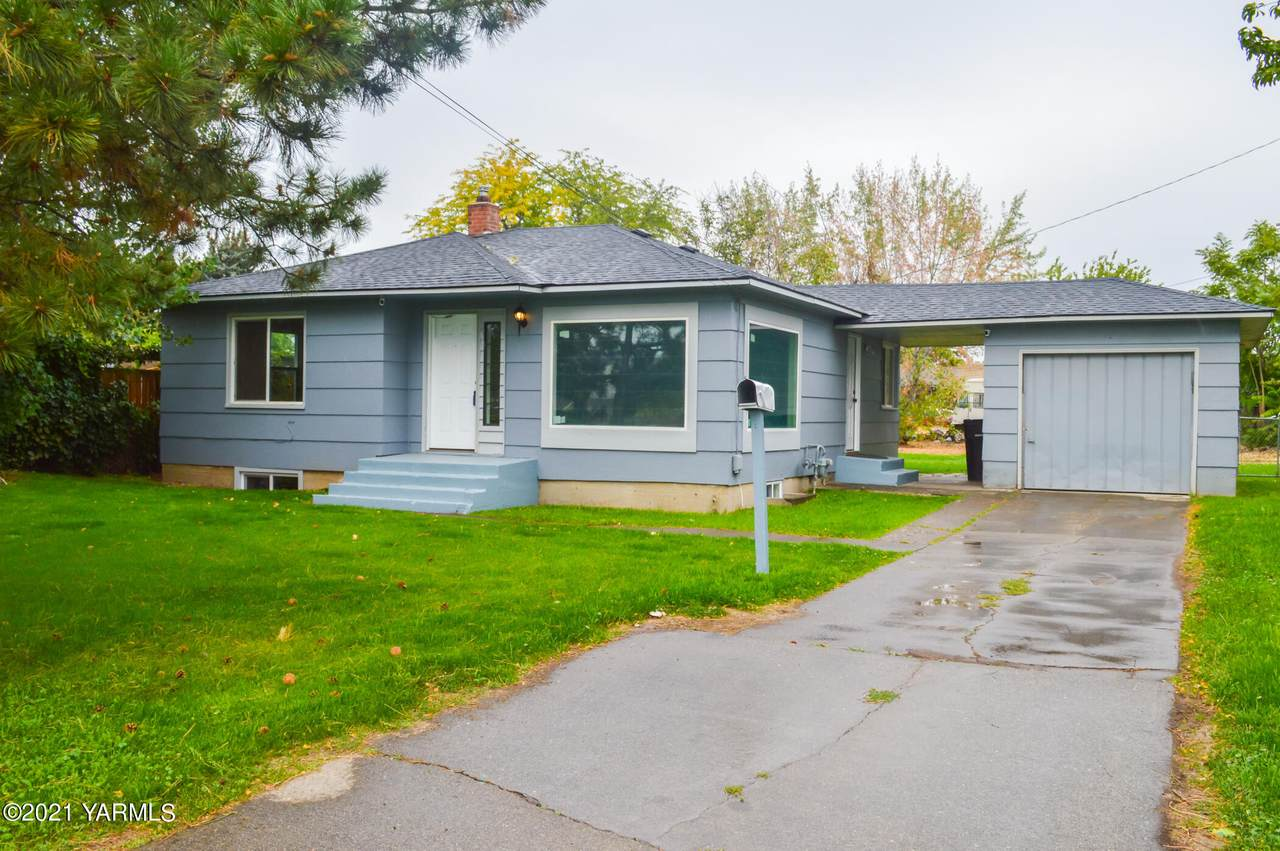 67 Mead Ave - Photo 1