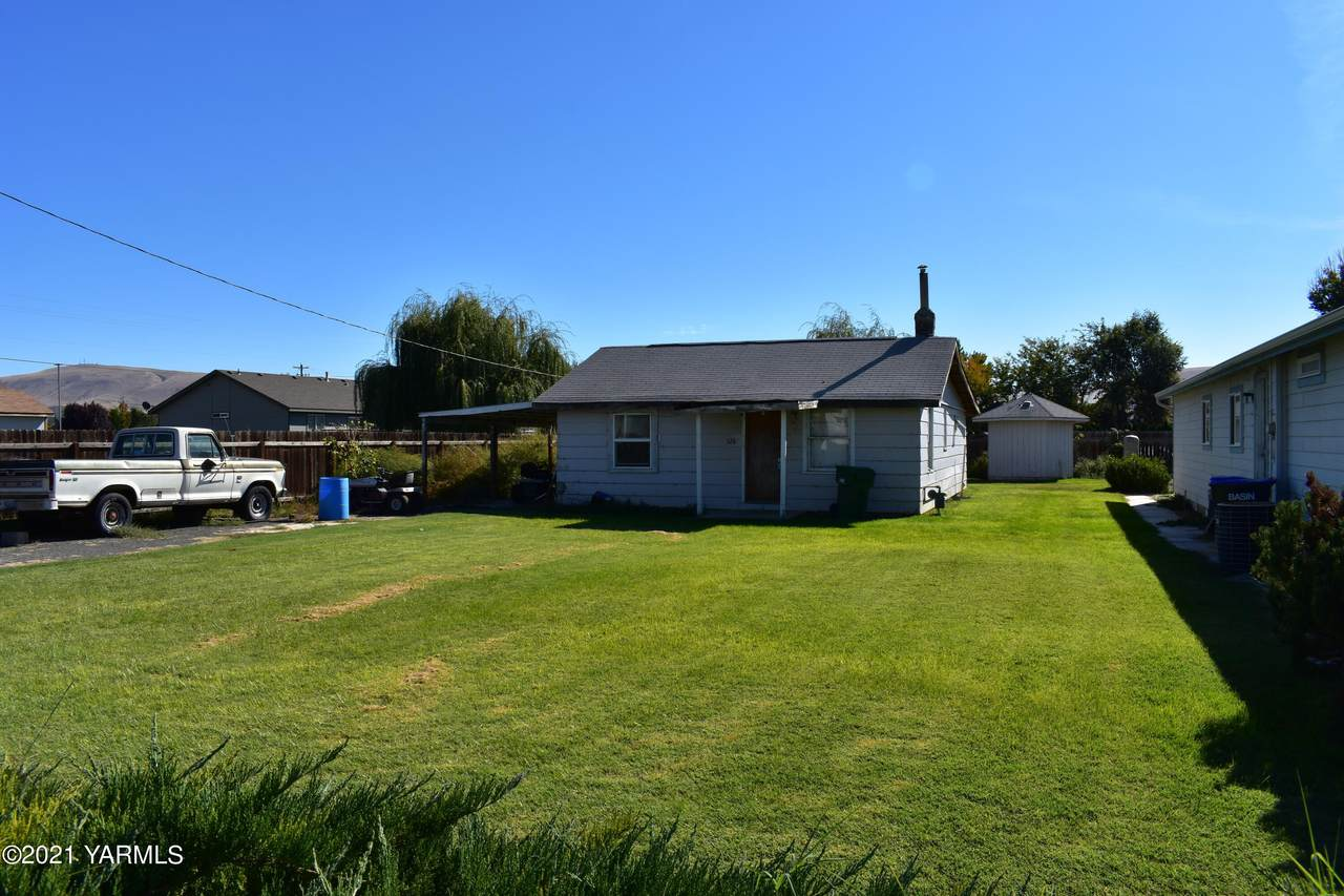324 Holly Dr - Photo 1