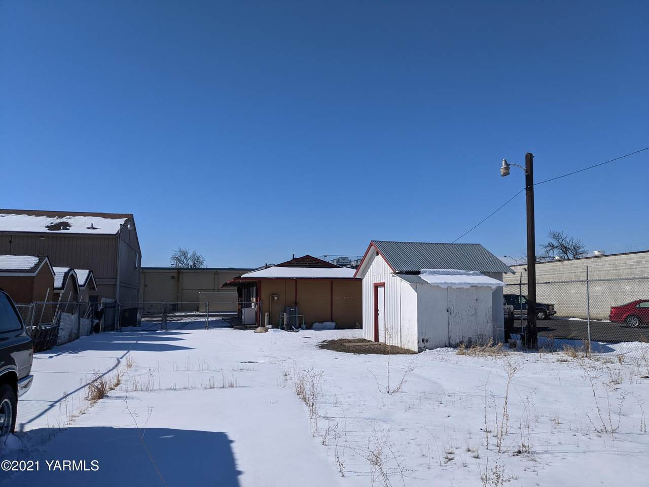 205 4th Ave - Photo 1