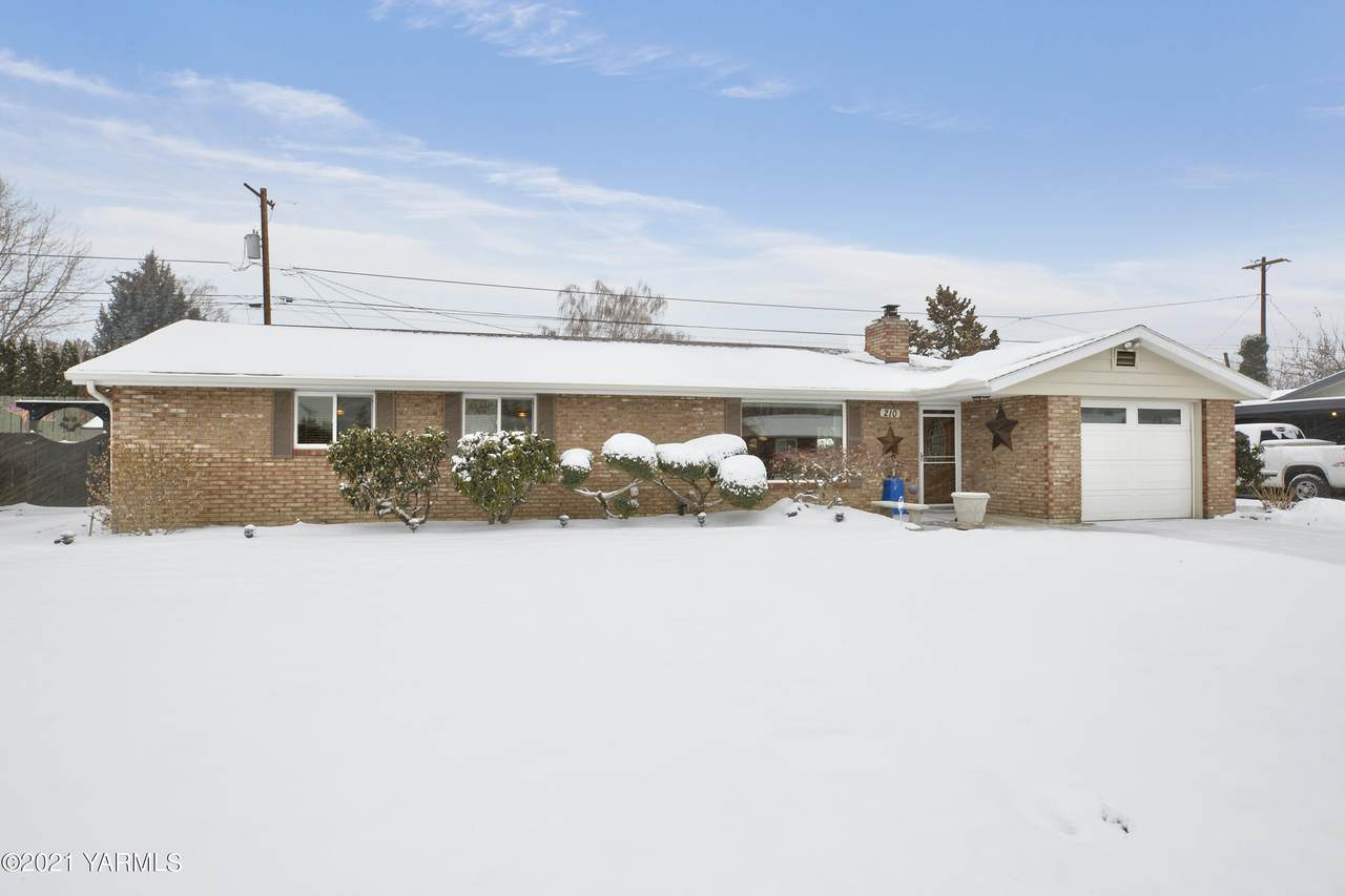 210 64th Ave - Photo 1