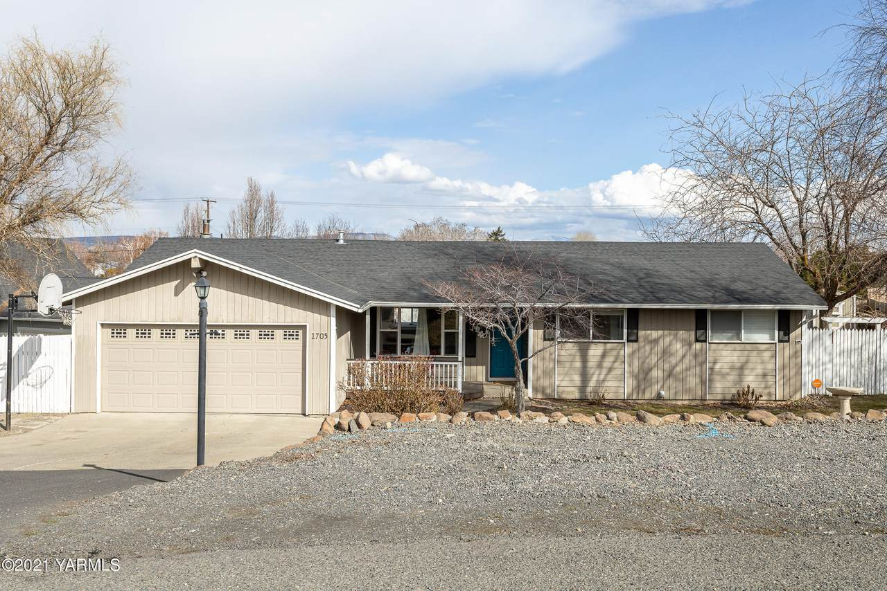 1705 73rd Ave - Photo 1