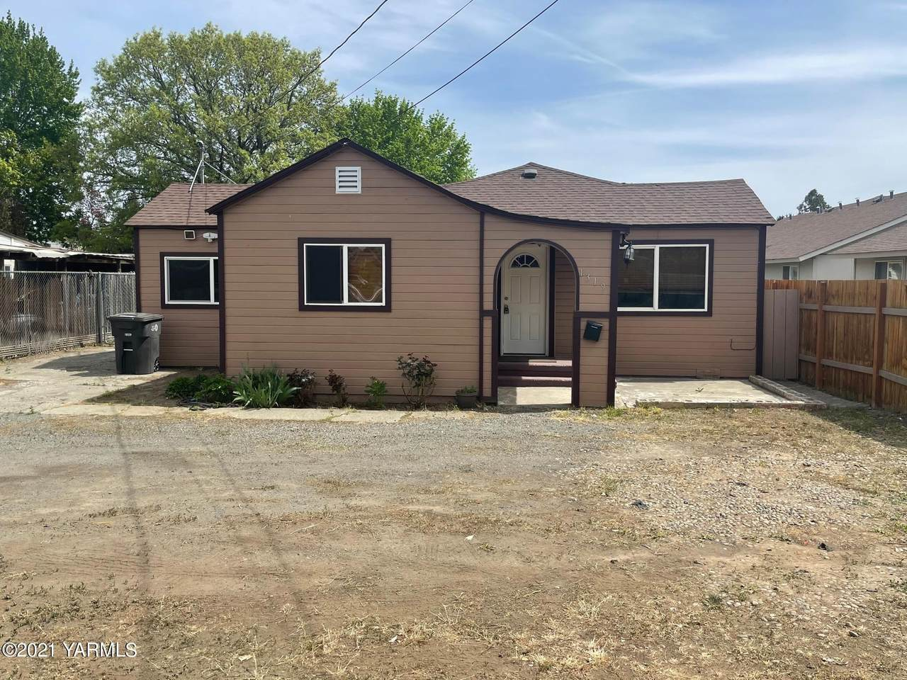 1319 16th Ave - Photo 1