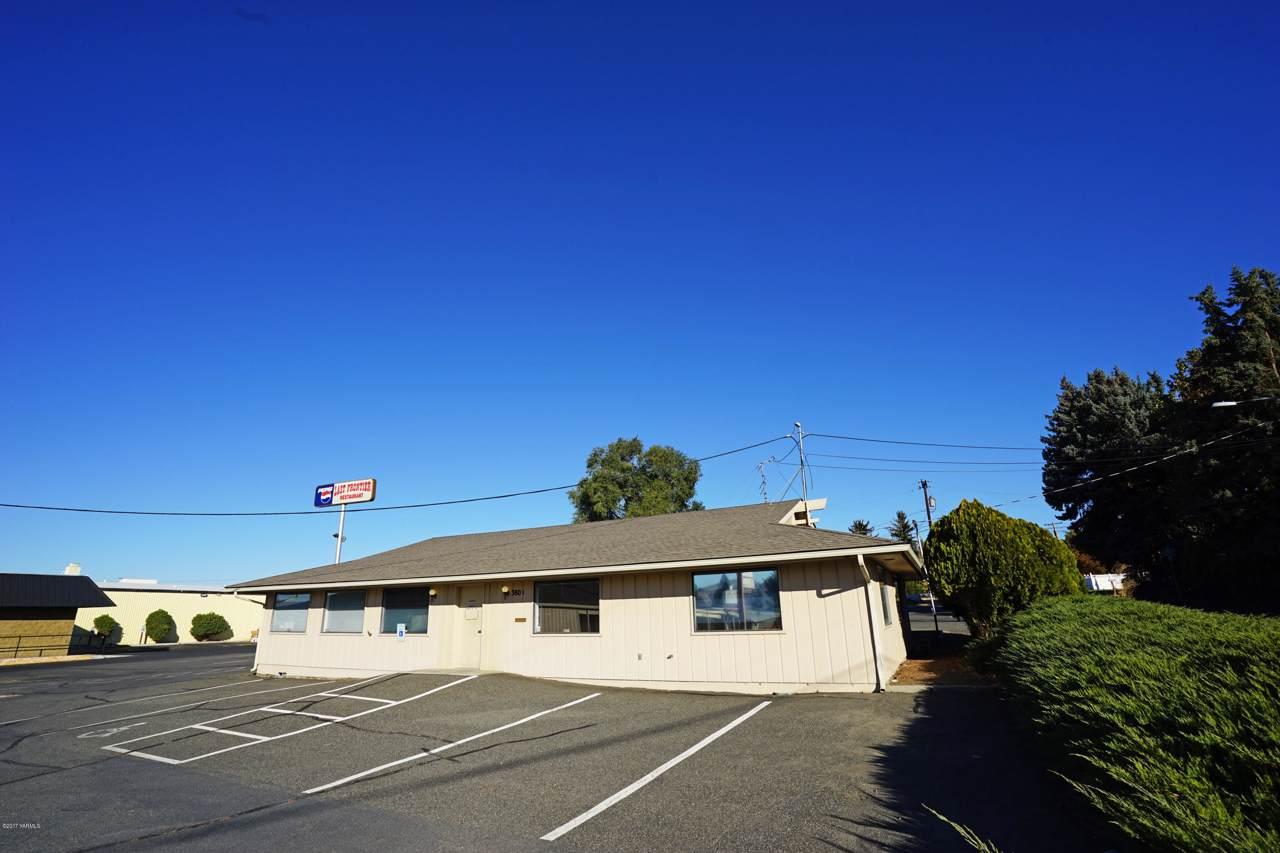 3803 Nob Hill Blvd - Photo 1