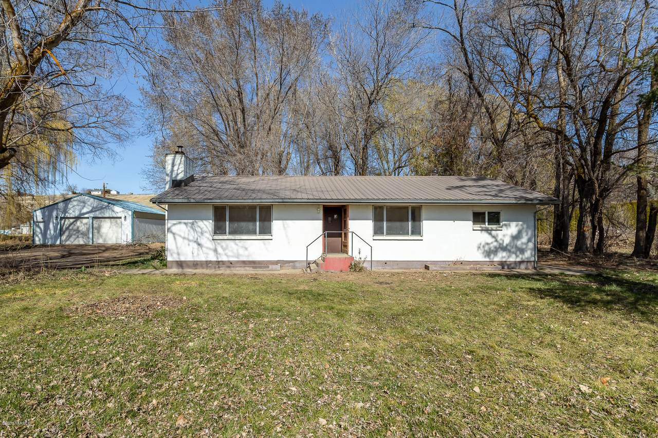 11103 Wide Hollow Rd - Photo 1