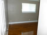 1422 Oaks St - Photo 7