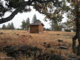 270 Oak St - Photo 2
