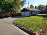 611 22nd Ave - Photo 4