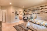 629 72nd Ave - Photo 4