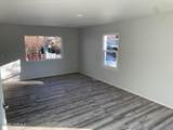 923 26th Ave - Photo 2