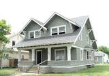 402 7th Ave - Photo 1