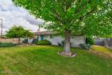 1105 72nd Ave - Photo 3