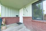 807 35th Ave - Photo 2