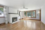 210 18th Ave - Photo 3