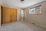 403 67th Ave - Photo 17