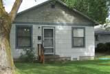 910 Pleasant Ave - Photo 2