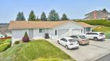 208 72nd Ave - Photo 1