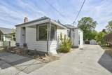 107 32nd Ave - Photo 2