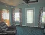 6401 Englewood Ave - Photo 6