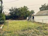 907 9th Ave - Photo 21