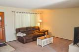 1009 76th Ave - Photo 2