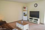 1009 76th Ave - Photo 3