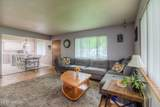 402 39th Ave - Photo 4