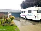 301 70th Ave - Photo 2