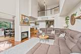 1910 44th Ave - Photo 4