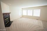 610 65th Ave - Photo 4