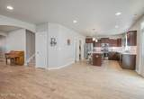 563 Roslyn Ct - Photo 8