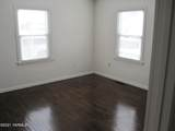 719 9th Ave - Photo 10