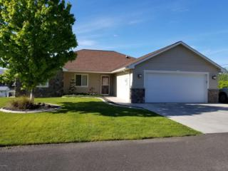 2403 S 86th Ave, Yakima, WA 98903 (MLS #17-1161) :: Heritage Moultray Real Estate Services