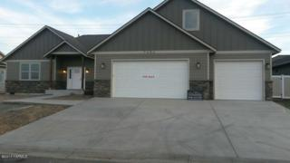 7404 Whitman Ave, Yakima, WA 98903 (MLS #17-1173) :: Heritage Moultray Real Estate Services