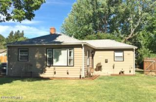 805 S 28th Ave, Yakima, WA 98902 (MLS #17-1237) :: Heritage Moultray Real Estate Services
