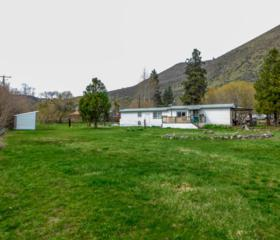 30 Hardship Ln, Naches, WA 98937 (MLS #17-793) :: Heritage Moultray Real Estate Services