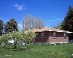 824 Pleasant Valley Rd, Yakima, WA 98908 (MLS #17-815) :: Heritage Moultray Real Estate Services