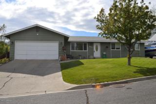 803 N 4th St, Selah, WA 98942 (MLS #17-1133) :: Heritage Moultray Real Estate Services