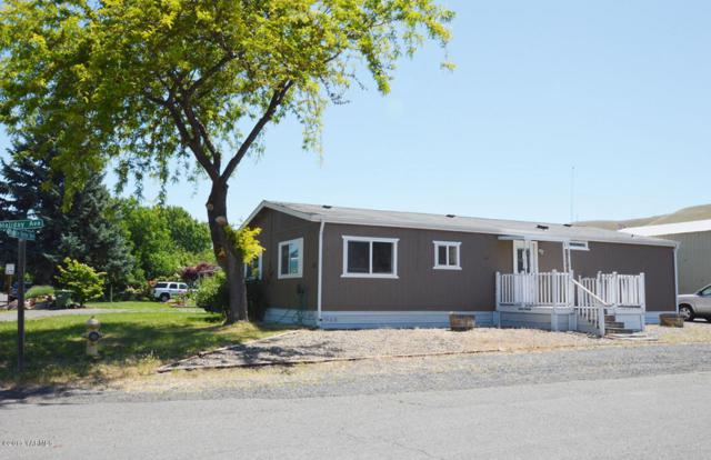 102 Mobile Home Ave, Union Gap, WA 98903 (MLS #17-1304) :: Results Realty Group